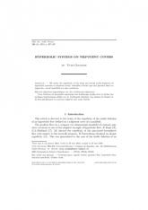 Systèmes hyperboliques sur des revêtements nilpotents