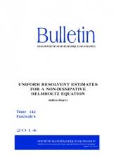 Estimées résolvantes uniformes pour une équation de Helmholtz non dissipative