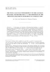 Calcul fonctionnel de Weyl pour la mesure gaussienne et estimées $L^p$-$L^q$ restreintes du semigroupe d'Ornstein-Uhlenbeck en temps complexe