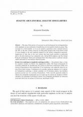 Arcs analytiques et singularités analytiques réelles